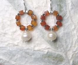 Ohrringe Carneolwürfel / Hämatit / Perle weiß / 925er Silber