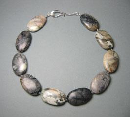 """Kette """"Velvet Feeling"""" - aus mattiertem Jaspis mit Fischhakenverschluss in 925er Sterling Silber"""