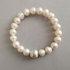 Perlenarmband weiß ca. 9-10 mm / Silberkugel