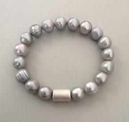Perlenarmband hellgrau ca. 9,5-10 mm / Silberwalze