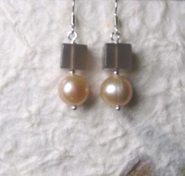 Ohrringe Perle rosé/ Würfel Achat taupe / 925er Silber
