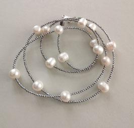 """Feine Kette """"Double or Single"""" aus weißen Perlen und silbernem Hämatit facettiert - ca. 90 cm lang"""
