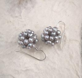 Ohrringe Perlkugel hellgrau  ca. 14-15 mm / 925er Silber
