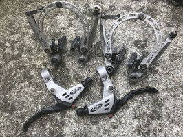 pack leviers + etriers avid arch rival