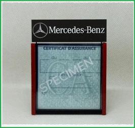 ( DM015 )   Un Porte certificat d'assurance ou CT auto avec dessin  Mercedes  (fond noir ou transparent)