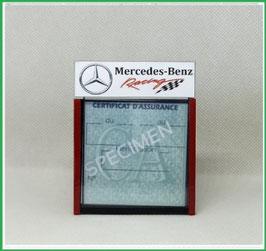 ( DM023 )   Un Porte certificat d'assurance ou CT auto avec dessin Mercedes-Benz  racing   (fond noir ou transparent)