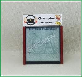 ( DV014 )   Un Porte certificat d'assurance ou CT auto avec dessin Champion du volant  (fond noir ou transparent)