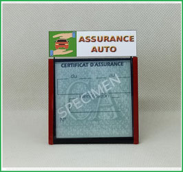 ( DV010 )   Un Porte certificat d'assurance ou CT auto avec dessin Assurance auto  (fond ou noir transparent)
