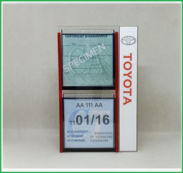 TOYOTA.   Un Porte certificats d'assurance et CT avec logo Toyota   (fond noir ou transparent)
