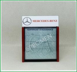 ( DM028 )    Un Porte certificat d'assurance ou CT auto avec dessin Logo Mercedes (fond noir ou transparent)