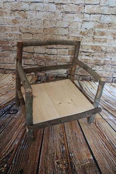 Stuhl aus Holz