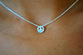 7 bis Collier Peace