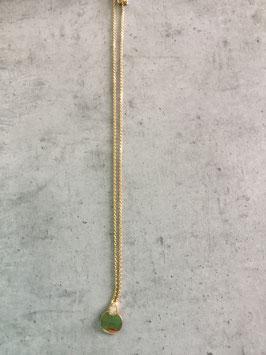 Collier plaqué or et oxyde de zirconium.