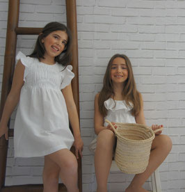 Modelo 6 - Vestido blanco