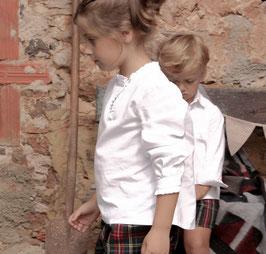 Blusa blanca oxford