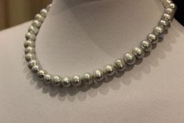Perlenkette Süsswasser grau