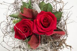 Dekorativer Strauß rote Rosen