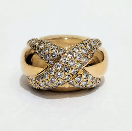 "Bague ""dôme"" or jaune diamants"