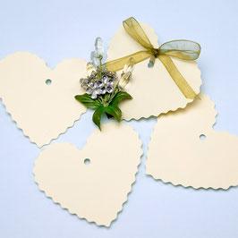 Geschenkanhänger Herz creme, 10 Stück