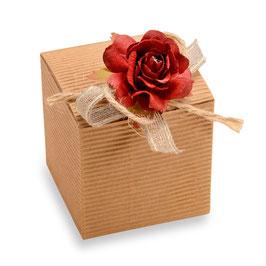 Geschenkschachtel Würfel natur gewellt