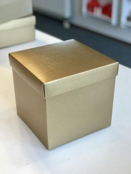Geschenkbox gold W20 mit Deckel - 20x20x19 cm