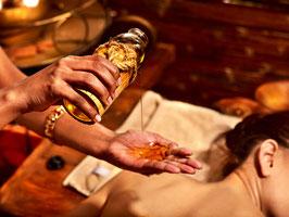 Aroma-Öl-Massage