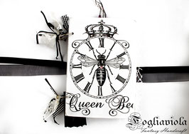 Queen Be(e) Journal