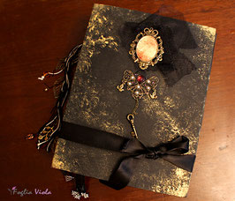 Personalizza il tuo Book of Shadows