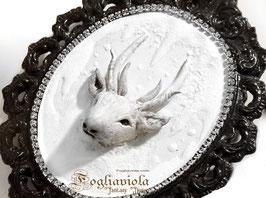 Cornice Vintage con Cervo Bianco