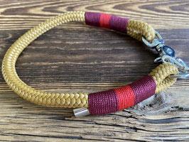 Halsband D