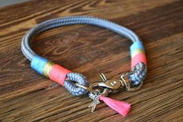 Classic Halsband einfach gelegt