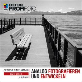"""Buch """"Analog Fotografieren und Entwickeln"""" + Workshop Gutschein"""