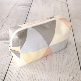 Taschenapotheke Dreiecke Pastel