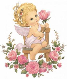 Ангелок  в саду с розами  (АП-6)