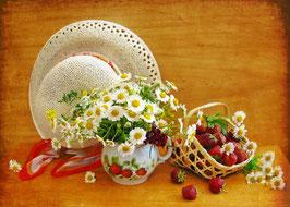 Ромашки с клубникой и шляпкой (Ц-24)