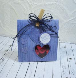 Seitenfalt - Verpackung mittel Streifendesign - Sujet Herz