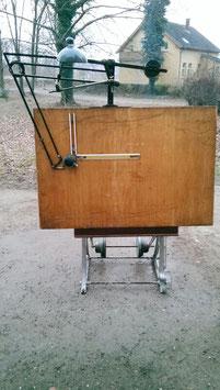 Großer alter Zeichentisch Architektentisch mit Zubehör 2106