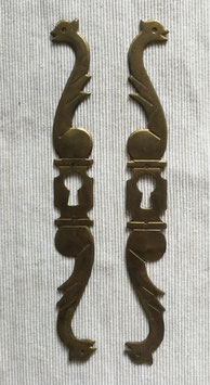 2er Set alte antike Möbelbeschläge für Schlüsselloch Jugendstil Messing Nr 0212-07