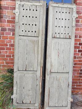 1 Paar alte Fensterläden Nr 0110-03