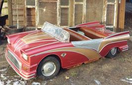 Cadillac von einem alten Kinderkarussell Jahrmarkt Kirmis