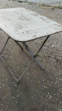 alter antiker Gartentisch Metalltisch Klapptisch grau  NR 2310