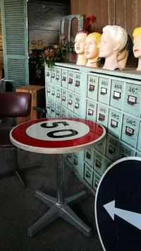 Lustiger Vintage Tisch Bistrotisch Nr 2210-50