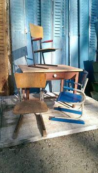 Kindermöbel DDR Schulmöbel - 1 Stuhl und 1 Tisch 2003