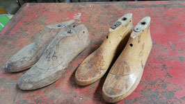2 Paar besondere antike Schuhleisten NR 2803-04