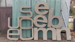 alte Blechbuchstaben in sehr schöner Typo 1201rest