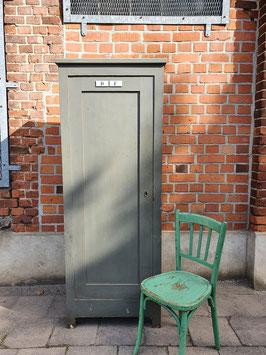 Sehr schöner Büroschrank Holzschrank grau Nr 1510