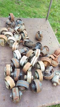 4er Set alte Transportrollen Eisenräder