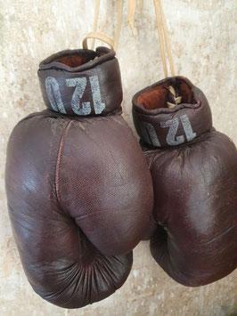 alte Leder Boxhandschuhe braun Nr 1306-03