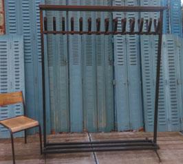 alte Standgarderobe Garderobe doppelte Hakenleiste nr 3