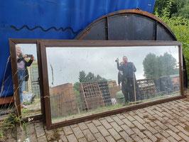 große schwere Drehtüren Spiegel in Metallrahmen